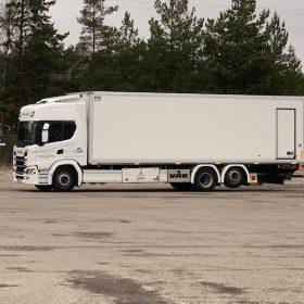 Kronlundin valkoinen kuorma-auto